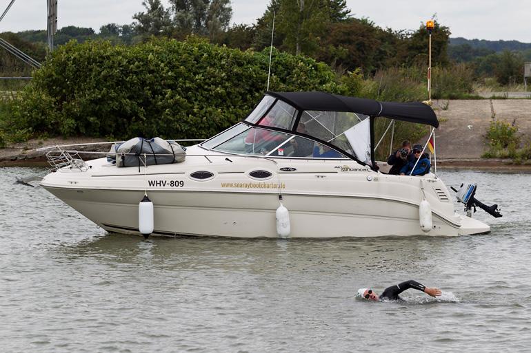 Andreas mit Begleitboot